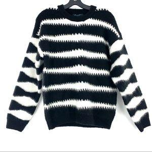 Faith And Zoe Chunky Boho Knit Pattern Sweater